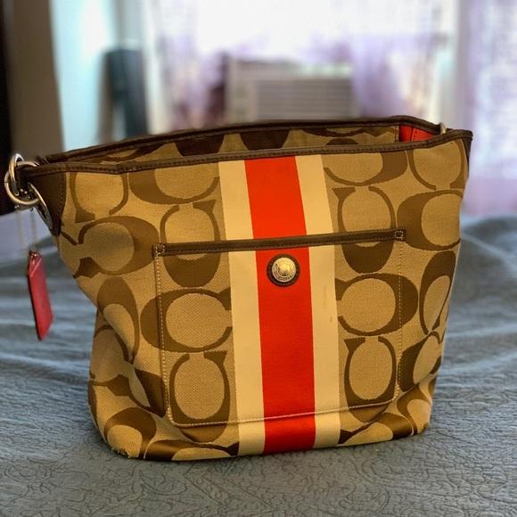 Coach Handbags - Authentic medium coach tote